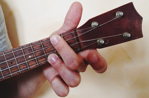 7 Quick Tips to Improve Your Barre Chords on Ukulele